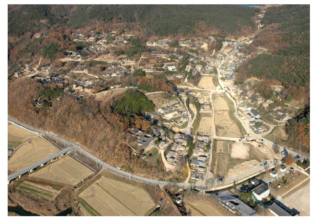 양동마을 항공사진(Sky view of Yangdong village)『양동마을 보존관리정비계획(2013)』