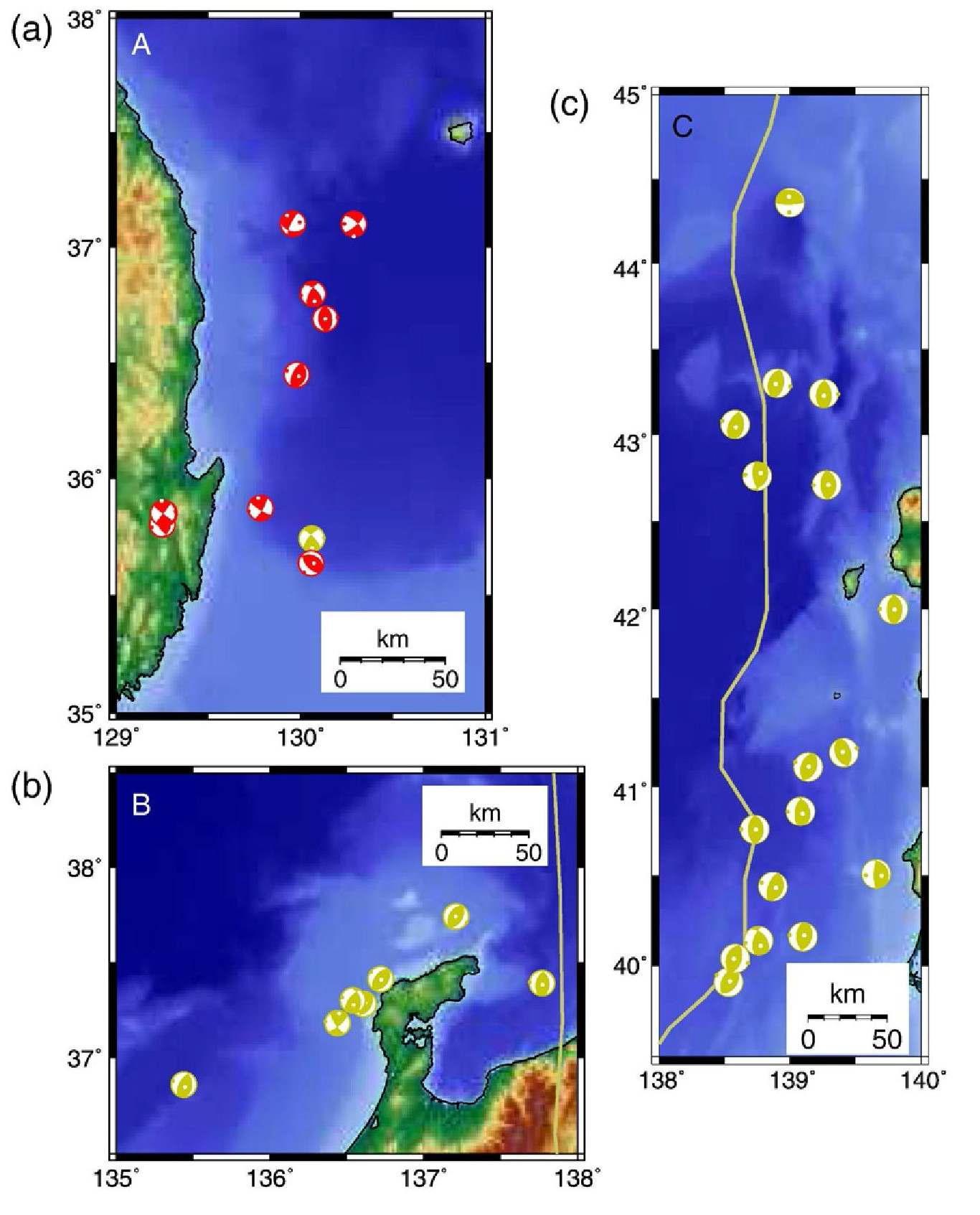 동해 주변 선택된 지역 해안가의 얕은 깊이에서 발생한 지진. (a) 울릉 분지 주변의 급경사면을 다 라 발생한 지역 A에서의 해안가 지진. (b) 지역 B의 지진은 노토 반도 주변에서 무리지어 발생하였다. (c) 지 역 C의 지진은 판 경계 주변에서 발생하였다. 주향이동단층 지진과 역단층 지진은 지역 A에서 발생하였다. 역단층 지진은 주로 지역 B와 C에서 발생하였다.