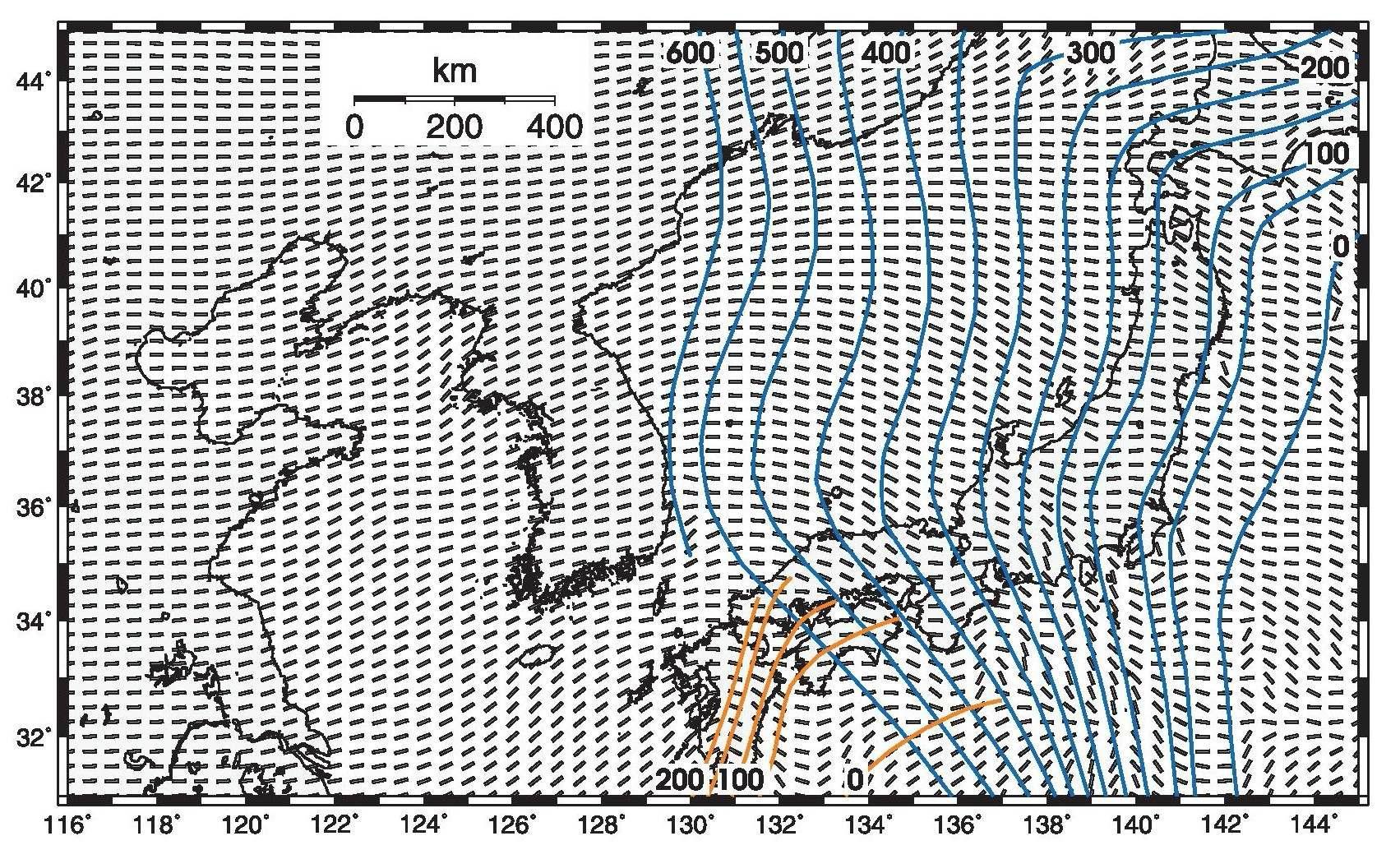단층 면 해의 P 축 방향으로부터 추론된 압축력 응력 장. 태평양 판과 필리핀 판의 섭입하는 슬랩의 깊이는 표시되었다. 압축력 응력 방향은 슬랩이 섭입하는 방향과 일치하는 것이 관찰되었다.