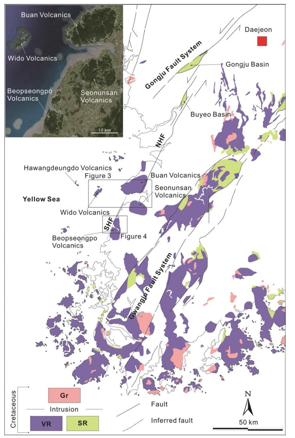 한반도 남서쪽에 분포하는 백악기 퇴적암(SR)-화산암(VR)-화강암(Gr)의 위성사진(삽도)과 분포도.