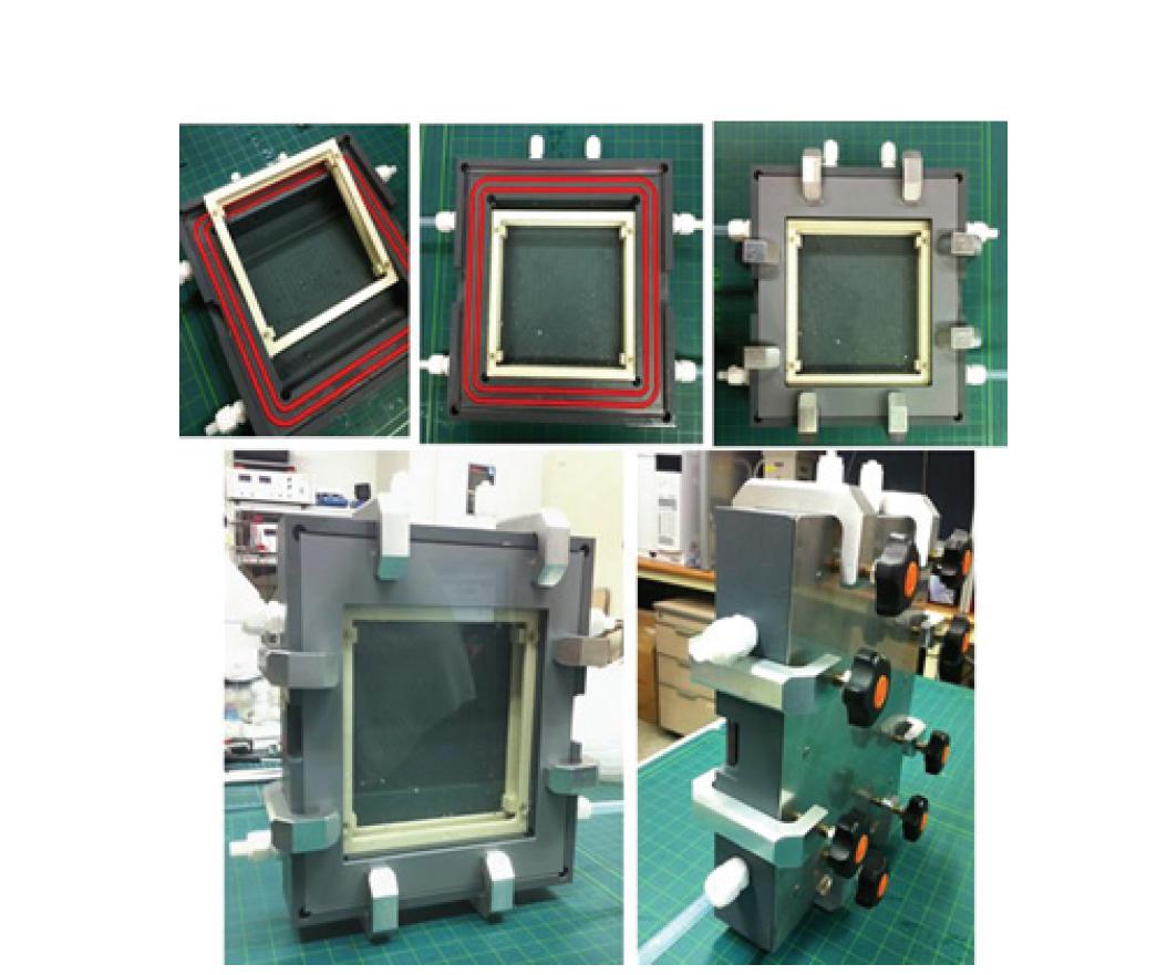 스케일업된 평판형 광화학반응기 (2차년)