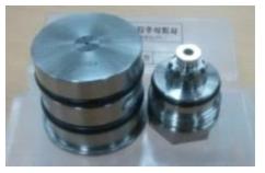 대면적 코어/클래딩 광섬유 인출용 광섬유 coating jig