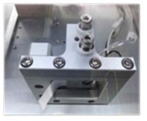 제작한 비선형 단결정 온도 조절 오븐 사진