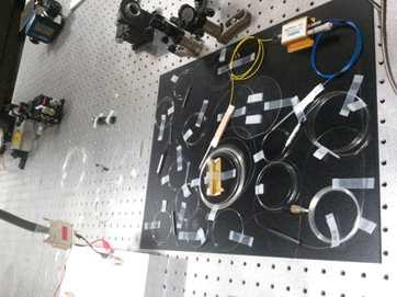 파장 선택 가능한 이터븀 첨가 레이저와 증폭기의 실제 구현 모습