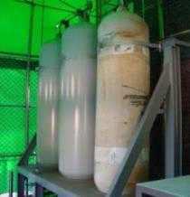 고압 질소 탱크